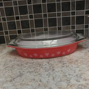 Rare JAJ Pyrex Coral Snowflake Divided Casserole